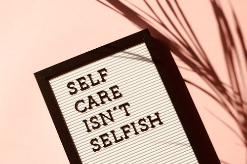 Self Care by Mamuna Arshad – Aesthetic & Lifestyle Specialist